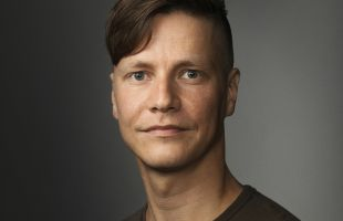 Simon Häger får Erna Tauro-stipendiet