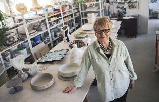 Åsa Hellmans keramikkonst förenar tradition och förnyelse